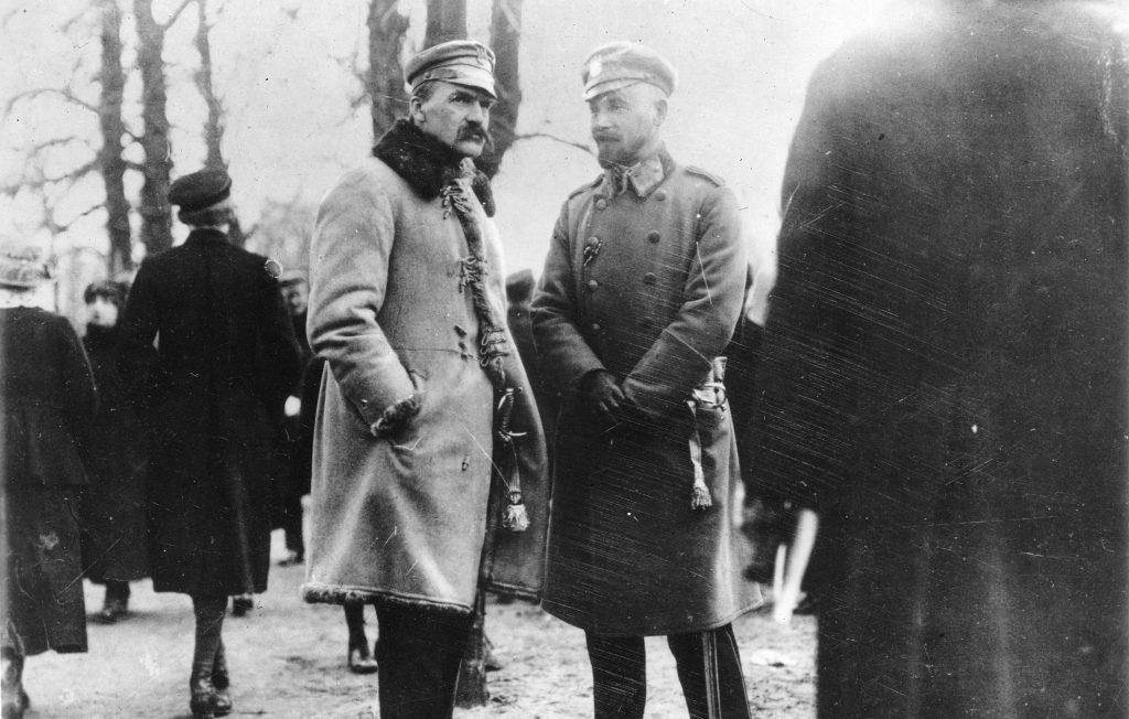 Większość ludzi uważała, że internowanie Piłsudskiego to koniec jego kariery (domena publiczna).