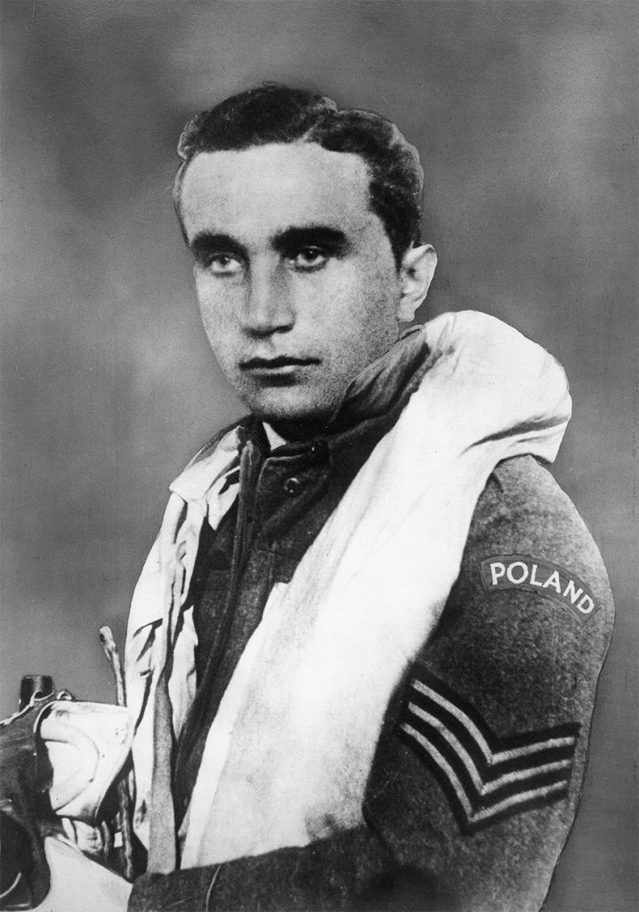 Josef František na oficjalnej fotografii portretowej