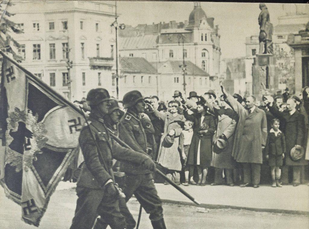 Ostatecznie Warszawa skapitulowała dopiero 28 września.
