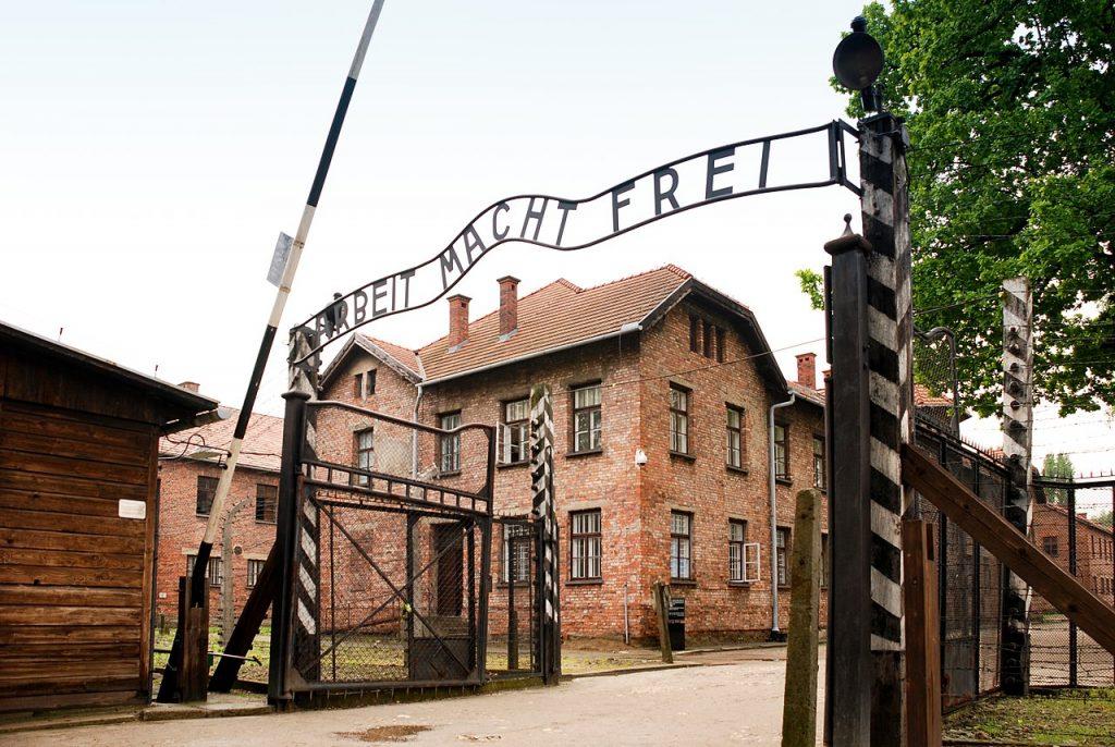 Hercka Haft trafił do Auschwitz jako szesnastolatek (CC BY 2.0).