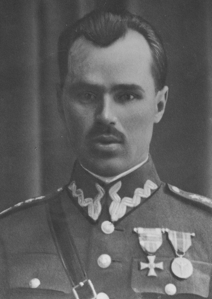 Piotr Demkowski na zdjęciu, które obiegło prasę w lipcu 1931 roku (domena publiczna).