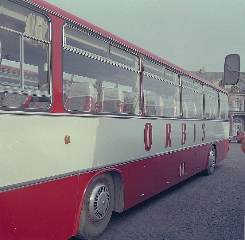 Polacy marzący o zagranicznych podróżach w czasach PRL-u mieli mocno ograniczony wybór. Wycieczki organizował m.in. Orbis (Deutsche Fotothek/CC BY-SA 3.0 de).