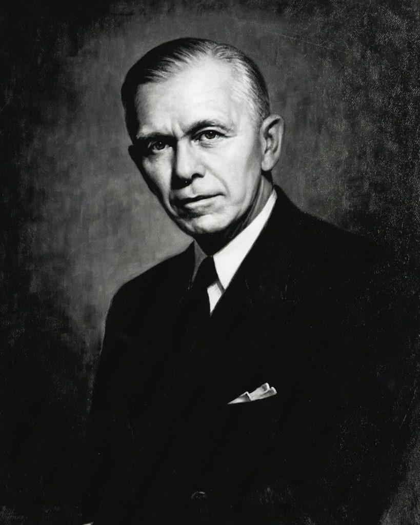 George Marshall na zdjęciu z okresu gdy piastował funkcję sekretarza stanu (domena publiczna).