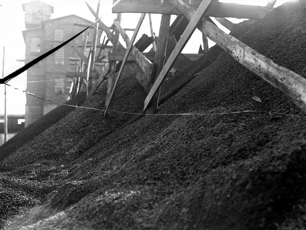 Gdyby węgiel z Polski po wojnie trafiał na Zachód zarobilibyśmy na tym miliardy dolarów (domena publiczna).
