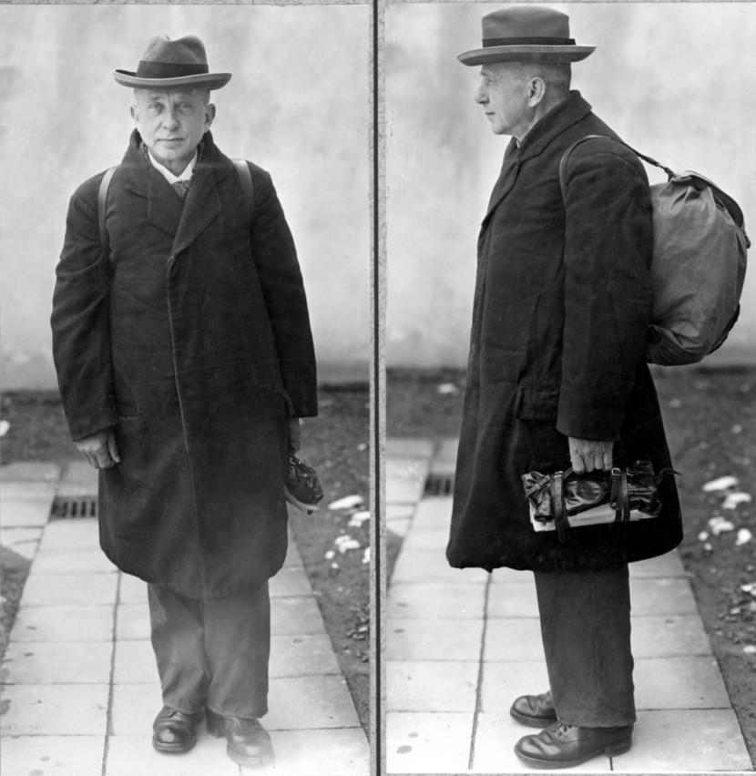 Adolf Seefeld na zdjęciu wykonanym po  aresztowaniu (domena publiczna).