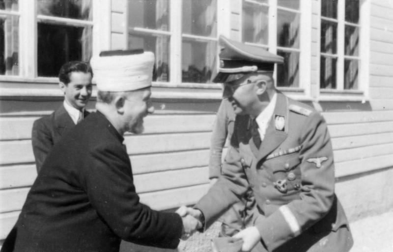 Z Himmler Al-Husajnim spotykał się również Himmler (Bundesarchiv/ Kurt Alber/CC-BY-SA 3.0).