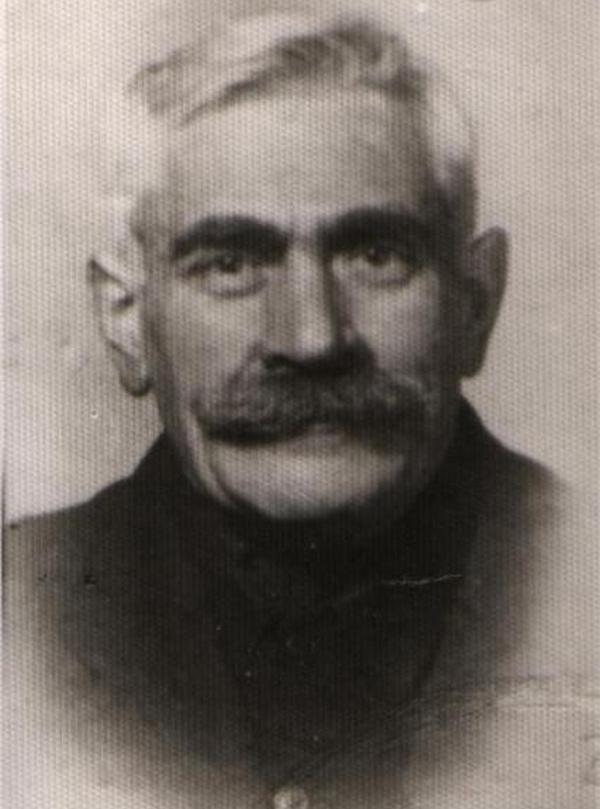 Jankiela Wiernik na zdjęciu z czasów okupacji (domena publiczna).