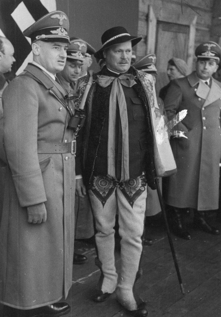 Wacław Krzeptowski i gubernator generalny Hans Frank (domena publiczna).