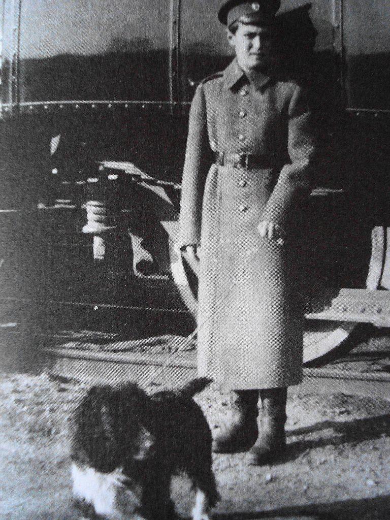 Goleniewski w pewnym momencie zaczął twierdzić, że jest carewiczem Aleksym (domena publiczna).