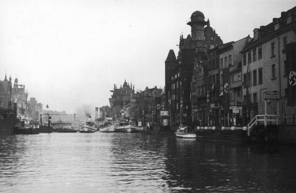 Żychoń wiedział, że w Gdańsku jest nietykalny (domena publiczna).