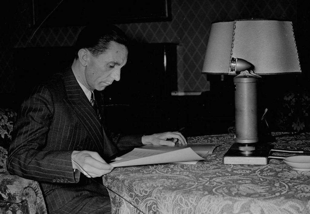 Goebbels nie mógł równać się majątkiem z Göringiem (domena publiczna).