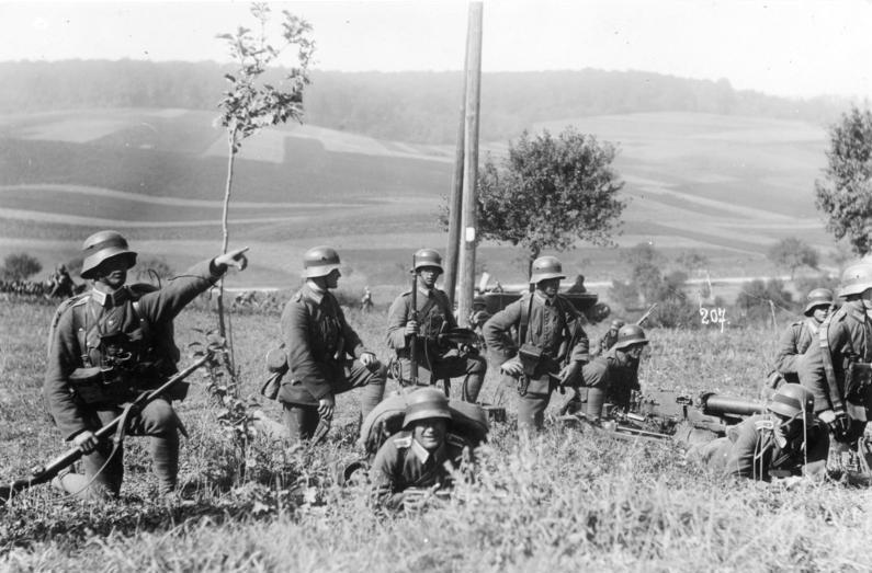 Dlaczego Niemcy uważali, że nieliczna i  pozbawiona ciężkiego sprzętu Reichswehra miała szanse w starciu z Wojskiem Polskim? (Bundesarchiv/Oscar Tellgmann/CC-BY-SA).