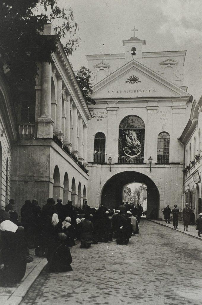Ci Polscy, którym przysługiwało litewskie obywatelstwo przyjmowali je. W głębi serca pozostawali jednak Polakami (L. Wysocki/domena publiczna).