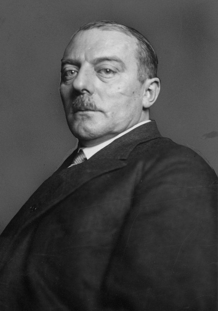 Ulrich Rauscher na zdjęciu z 1925 roku (domena publiczna).