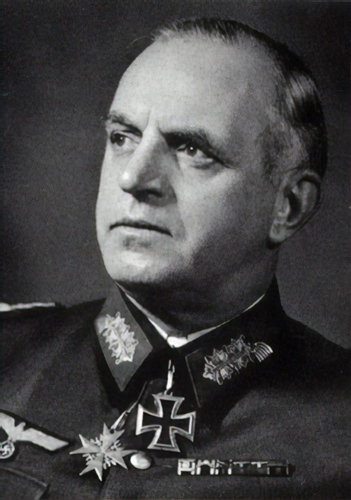 Feldmarszałek Ernst Busch rozkazał spędzić dziesiątki tysięcy mieszkańców Białorusi do prowizorycznych obozów koncentracyjnych (domena publiczna).
