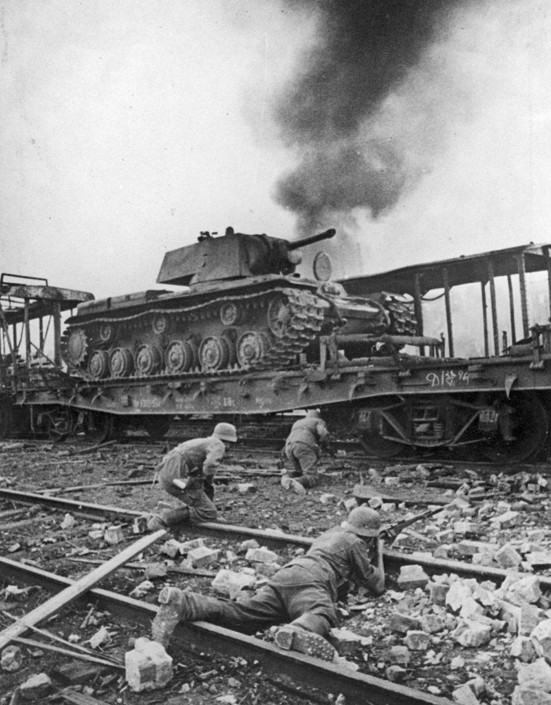 W drodze na Moskwę Wehrmacht poniósł ciężkie straty (domena publiczna).