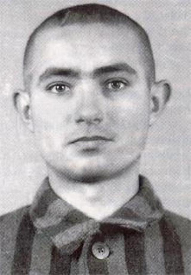 Edek Galiński trafił do Auschwitz w wieku niespełna 17 lat (domena publiczna).