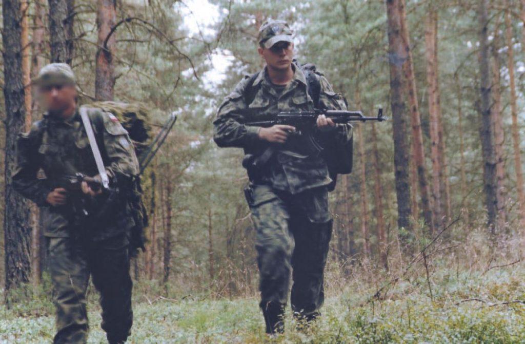 Krzysztof Puwalski już jako żołnierz 5. Kompanii Specjalnej. Zdjęcie z książki Operator 594 (materiały prasowe).