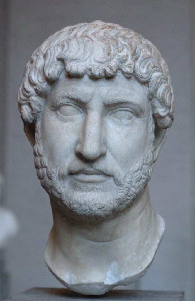 Brodata podobizna cesarza Hadriana (domena publiczna).