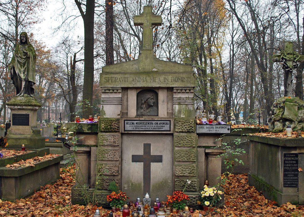 Grób Heleny Modrzejewskiej na Cmentarzu Rakowickim w Krakowie (Zetpe0202/CC BY-SA 4.0).