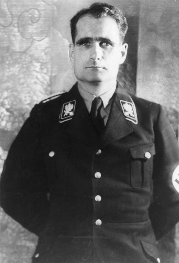 Tak naprawdę do dzisiaj nie wiemy o czym Battaglia rozmawiał z Hessem (Bundesarchiv//CC-BY-SA 3.0).