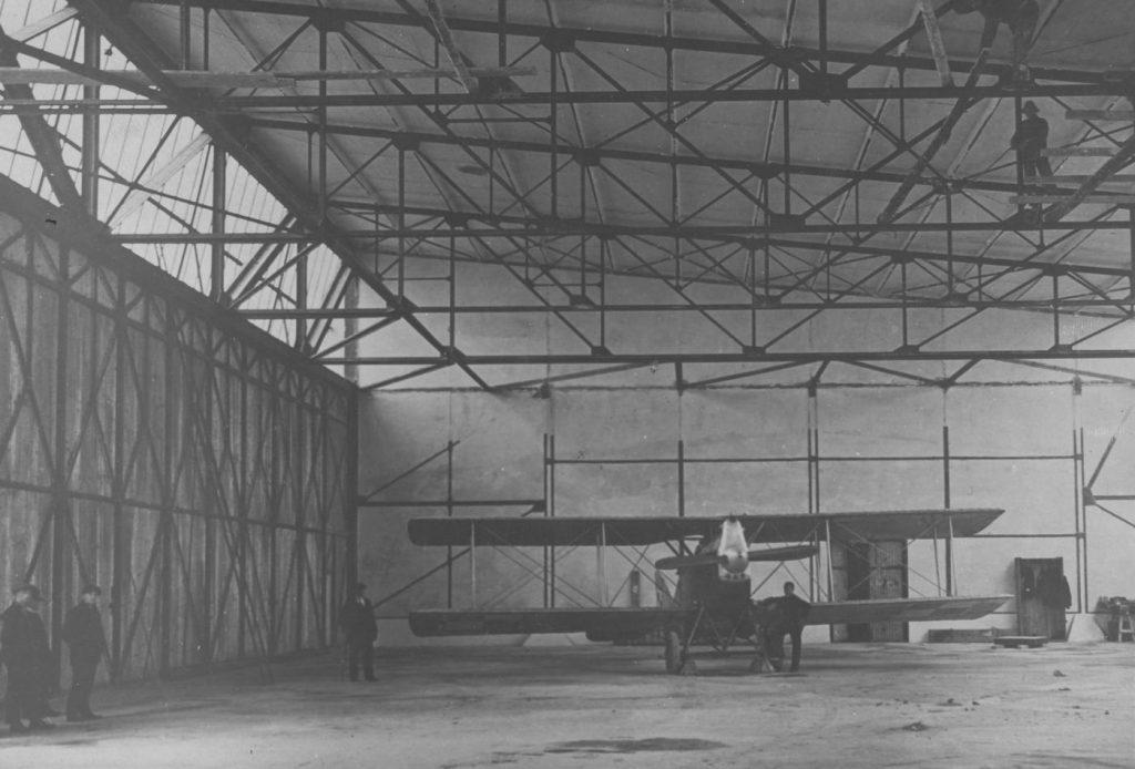 Samolty Ansaldo A.300 okazały się mocno wadliwymi konstrukcjami (domena publiczna).