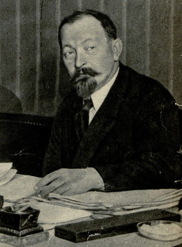 Feliks Dzierżyński na zdjęciu wykonanym w latach 20. XX wieku (domena publiczna).