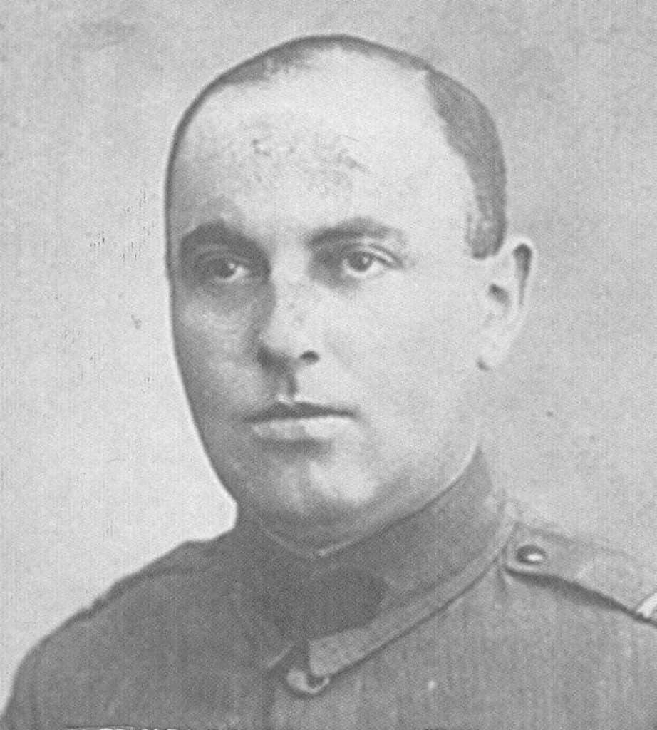 Miklós Nyiszli na zdjęciu z okresu międzywojennego.