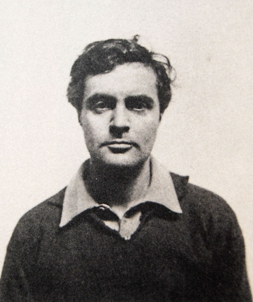 Amedeo Modigliani na zdjęciu z 1918 roku (domena publiczna).