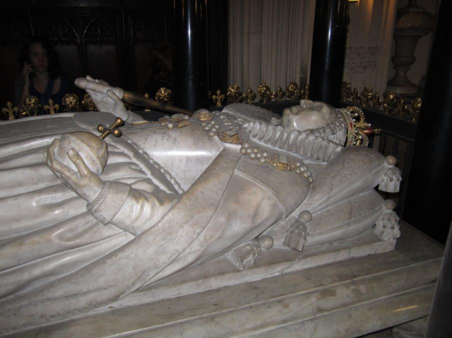 Grobowiec Elżbiety I w opactwie Westminster (domena publiczna).