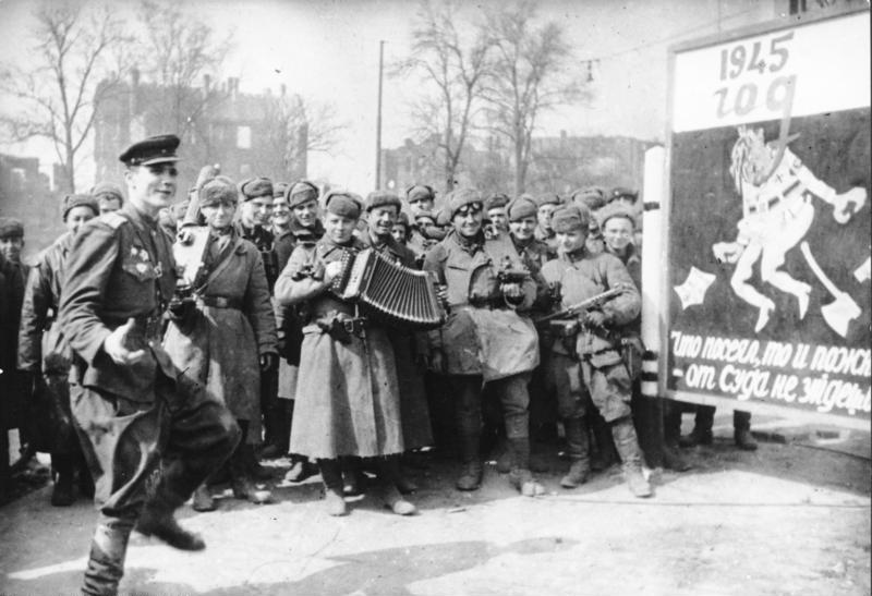 Po zwycięstwie nad Hitlerem Sowieci przystąpili do stopniowej demobilizacji (Bundesarchiv/CC-BY-SA 3.0).