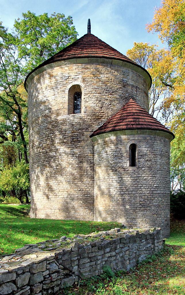 Romańska rotunda św. Mikołaja w Cieszynie ( Hons084/CC BY-SA 3.0 pl).
