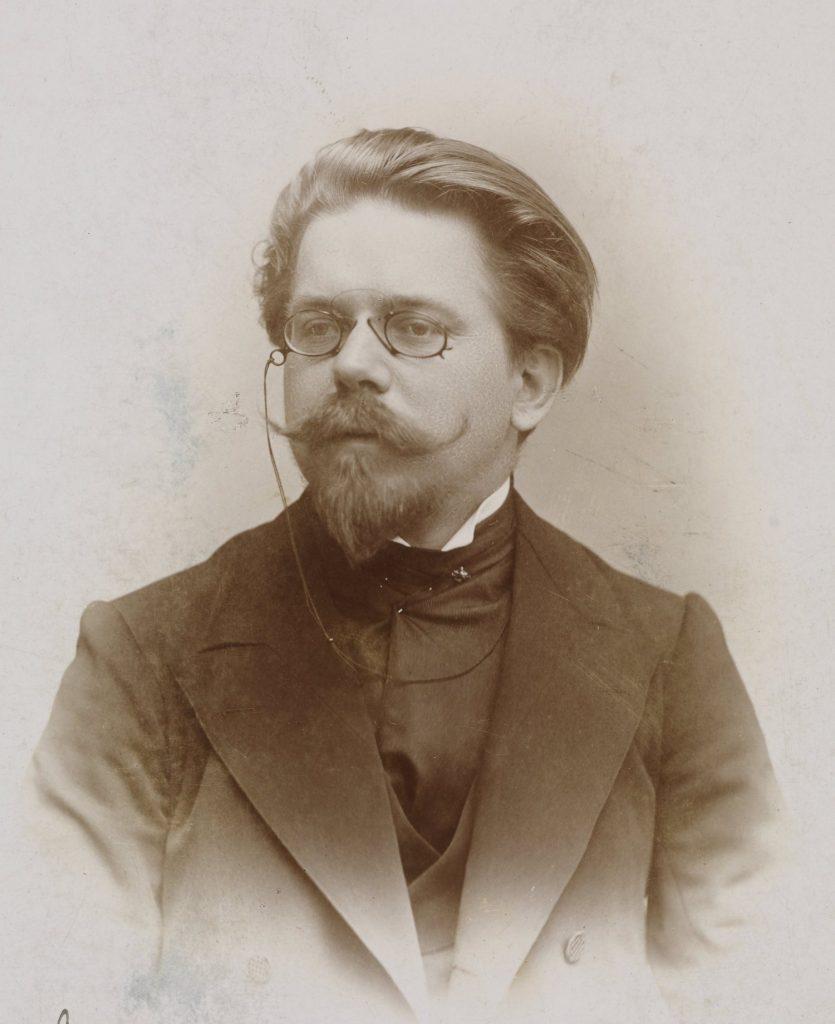 Władysław Reymont w wieku 30 lat (domena publiczna).