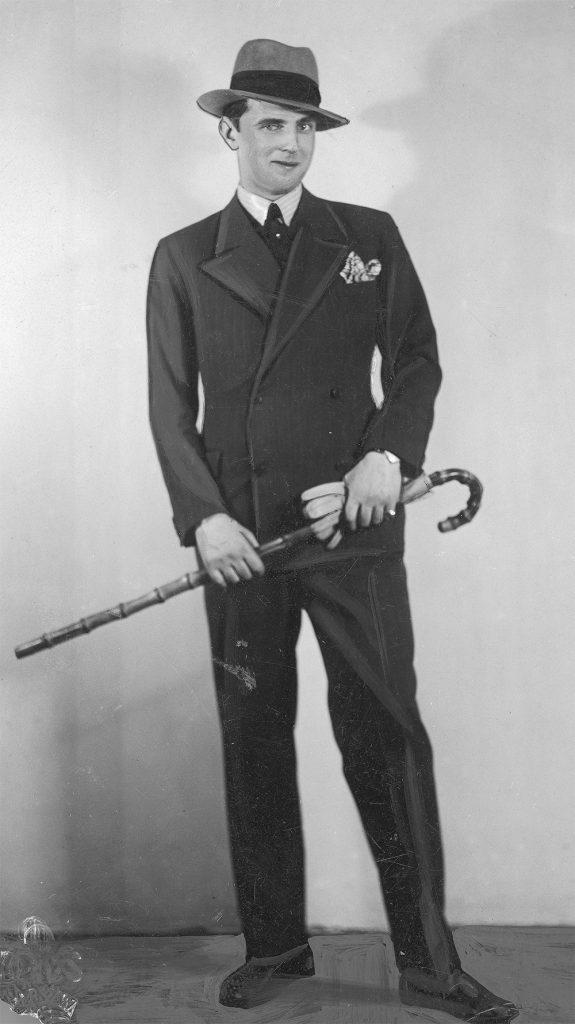 Aleksander Żabczyński na fotografii z 1933 roku.