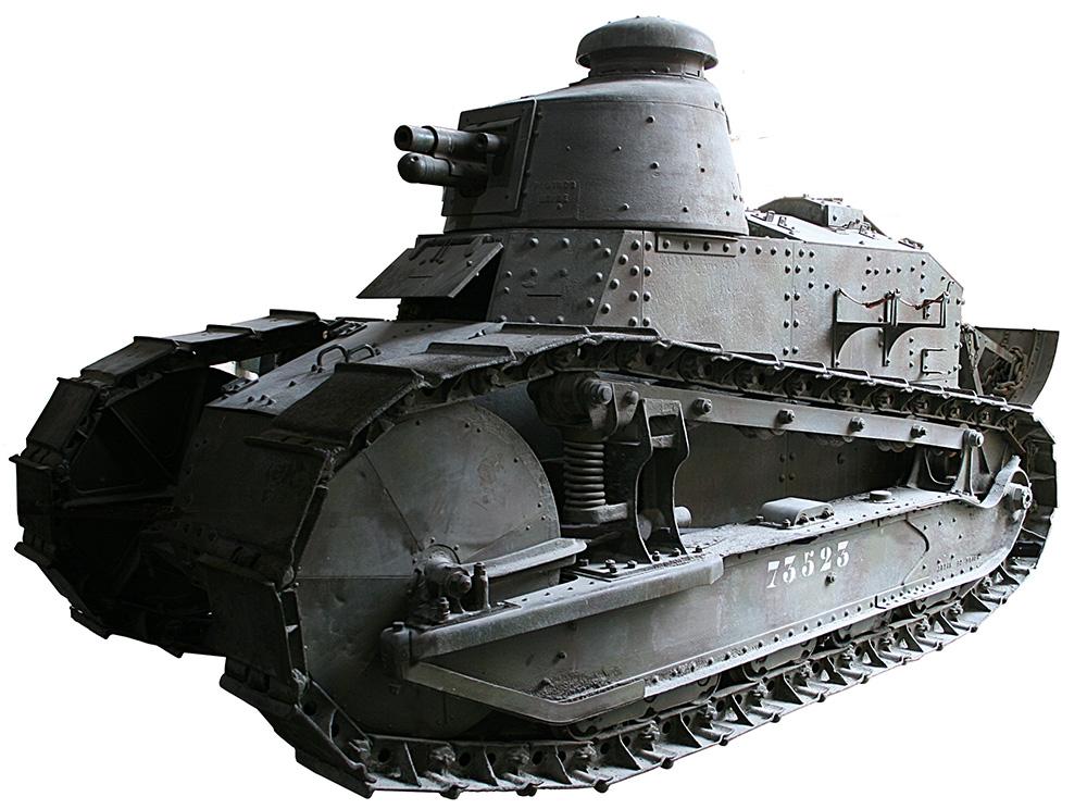 Francuski czołg Ranault FT na ekspozycji muzealnej.