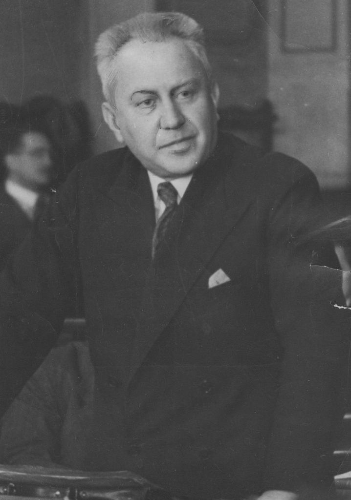 Ludwik Hirszfeld na zdjęciu z 1934 roku (domena publiczna).