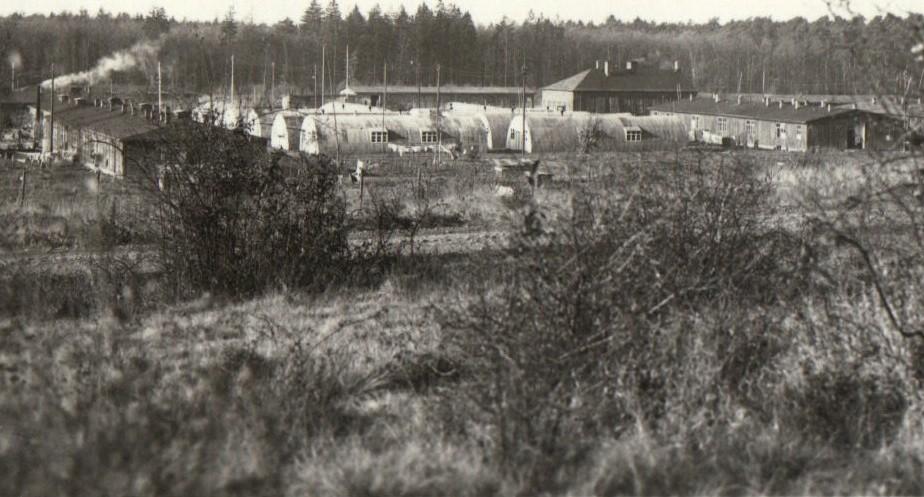 Obóz dla ukraińskich dipisów w Gissen. Zdjęcie z 1948 roku (Lew Kurdidik/GFDL).