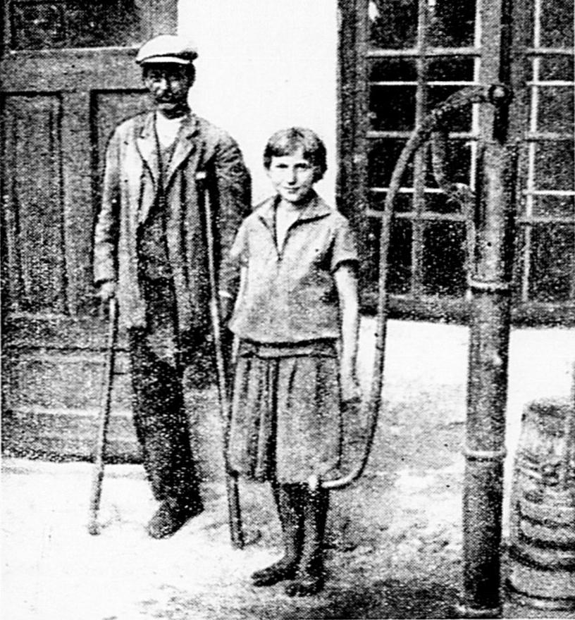 Zosia i Ojciec Jelonek, który pomógł w aresztowaniu mordercy (domena publiczna).