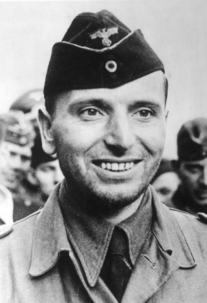 Otto Kretschmer na zdjęciu z listopada 1940 roku (Bundesarchiv/CC-BY-SA 3.0).