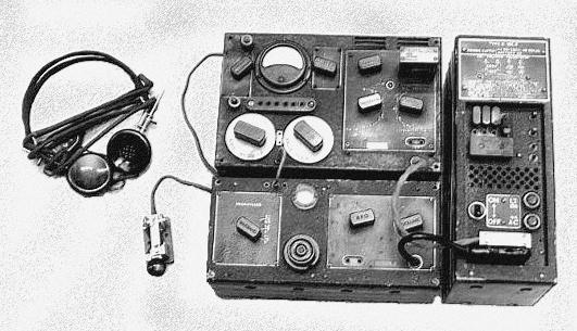Przenośna radiostacja B2 używana przez agentów SOE.