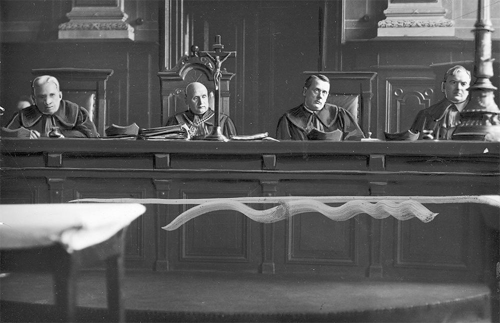 Skład sędziowski w procesie Adama Doboszyńskiego. Rok 1938.
