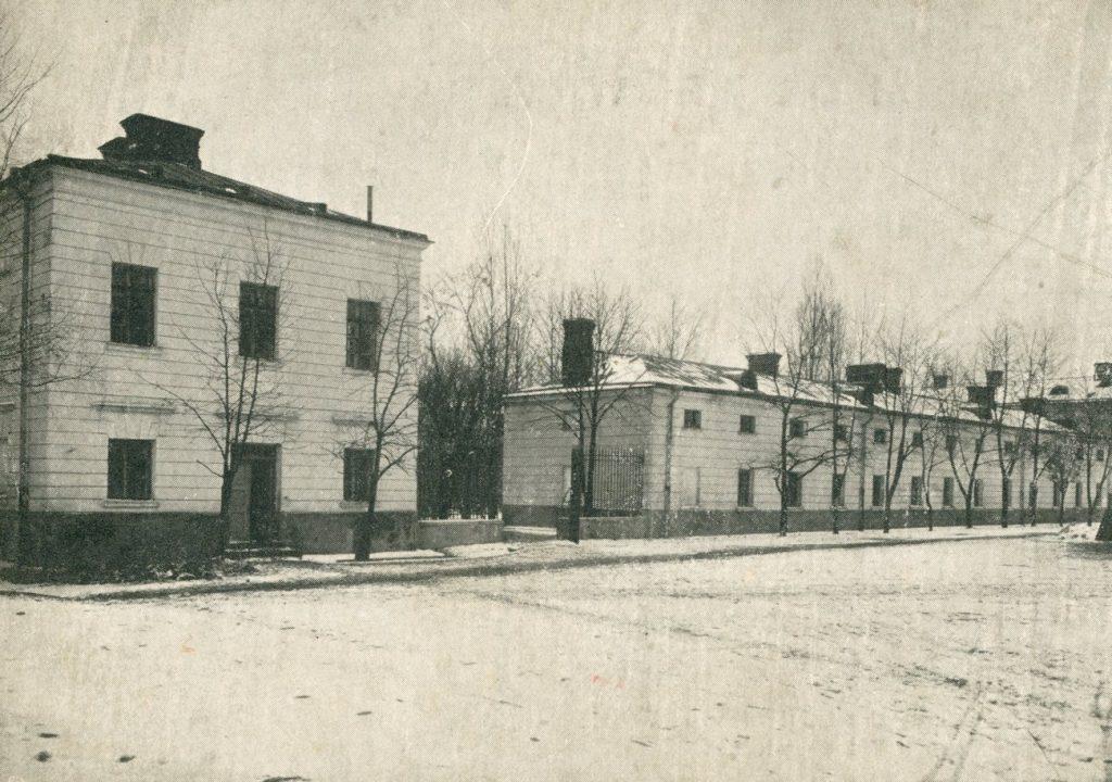 X Pawilon na zdjęciu z połowy 20. XX wieku (domena publiczna).