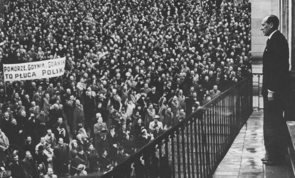 Fotomontaż prasowy z 5 maja 1939 roku.