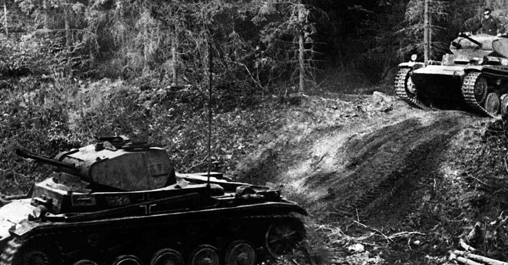 Niemieckie czołgi w 1940 roku.