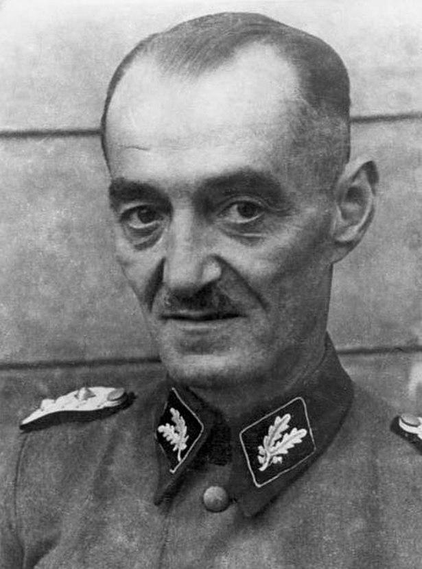 Oskar Dirlewanger na zdjęciu wykonanym w 1944 roku (Bundesarchiv/Anton Ahrens/CC-BY-SA 3.0).