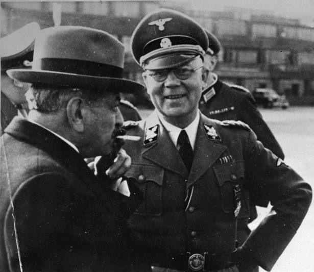 Pierre Laval z niemieckim szefem policji we Francji
