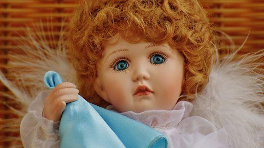 Płacząca lalka