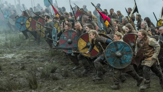 Wielka Pogańska Armia. Kadr z seriali Wikingowie.