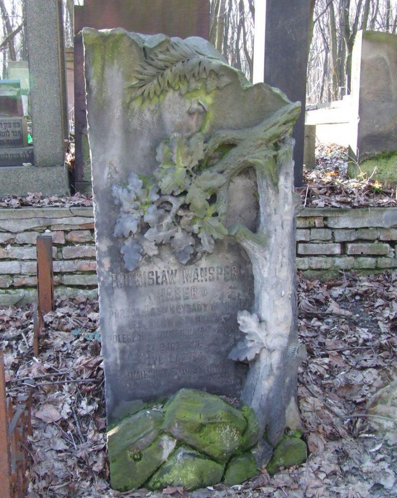 Grób Bronisława Mansperla na cmentarzu żydowskim przy ulicy Okopowej w Warszawie (Hubert Śmietanka/CC BY-SA 2.5).