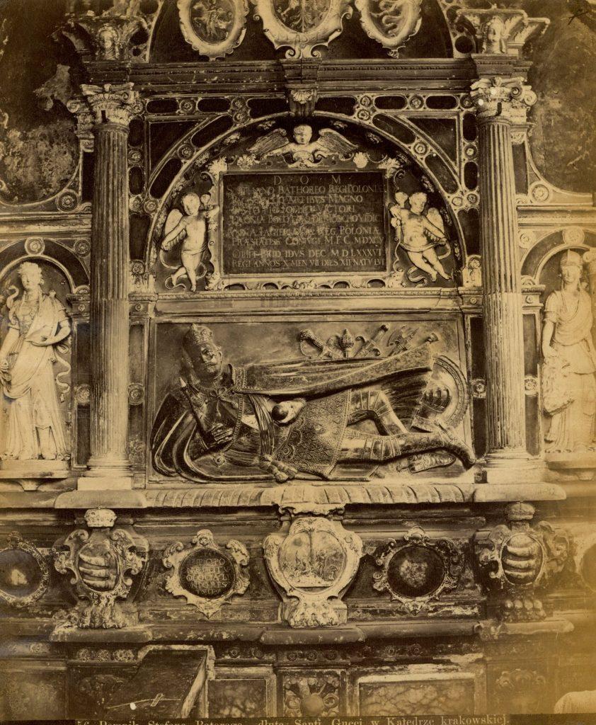 Nagrobek Stefana Batorego w Kaplicy Mariackiej na Wawelu (Ignacy Krieger domena/publiczna),